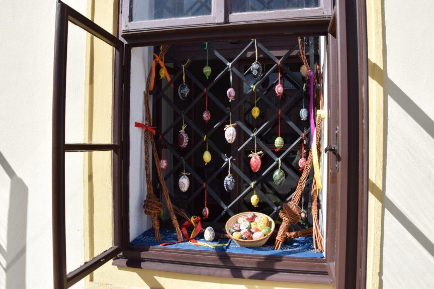 Velikonoce za okny